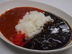 赤黒特盛カレー